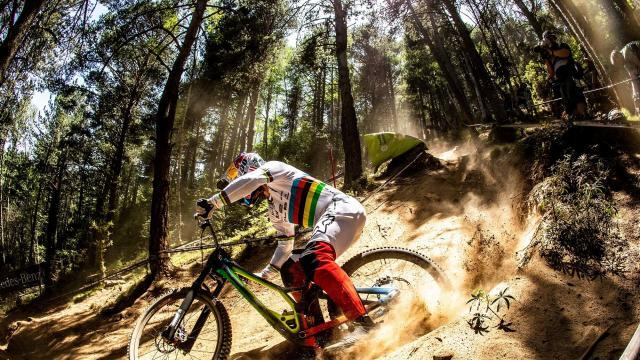 Produktlancering: DEMO – Specialized
