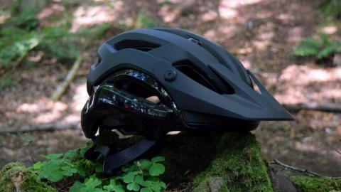 Et manifest fra Giro – Test af Giros Manifest Spherical hjelm