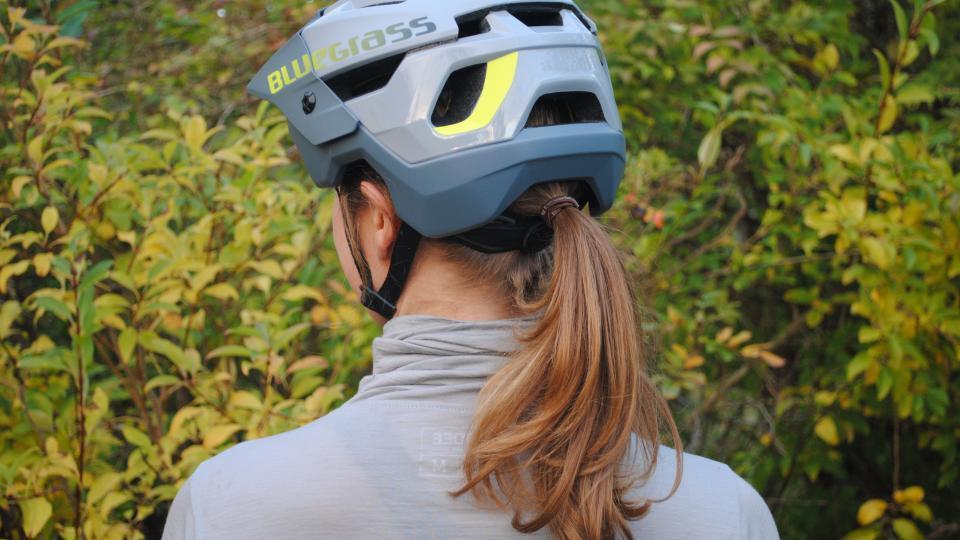 Anmeldelse af den nye Bluegrass enduro hjelm: Rogue