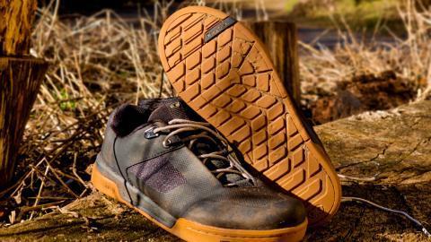 Anmeldelse af Crankbrothers Stamp Flat sko