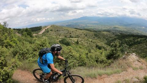 Kan man køre på mountainbike i Nord Makedonien?