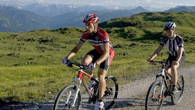 På cykelakademi i Alperne