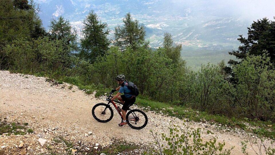 På mountainbike rundt om Gardasøen