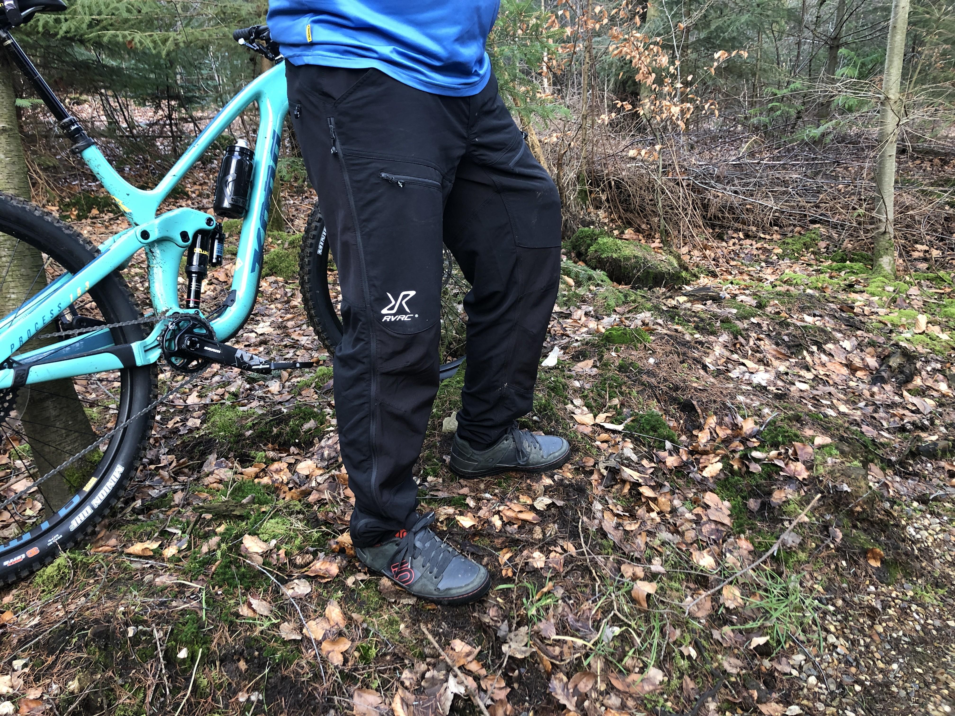 Test: Hyper Pro Pants Lange MTB bukser fra RevolutionRace